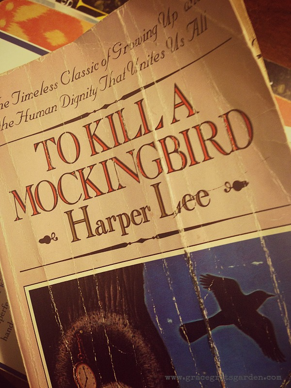 essays themes kill mockingbird 100% free papers on to kill a mockingbird essay sample topics, paragraph introduction help, research & more class 1-12, high school & college - themes in to kill a mockingbird to kill a mockingbird 5 paragraph essay to kill a mockingbird analysis essay.
