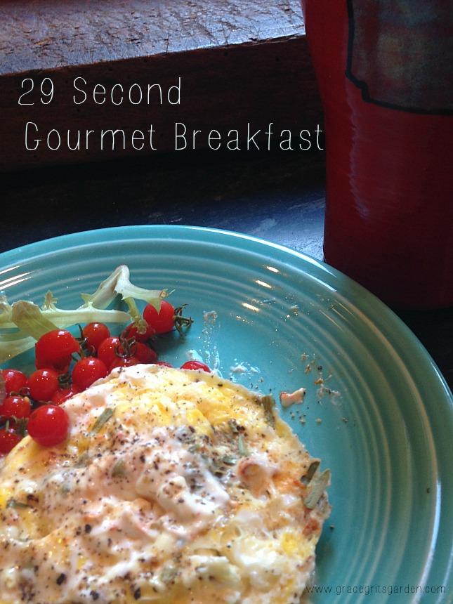 My 29 Piece Winter 2018 2019 Capsule Wardrobe: My 29 Second Gourmet Breakfast