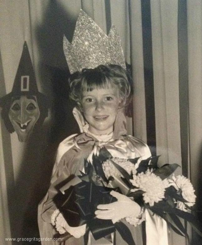 Grace Grits the Halloween Queen