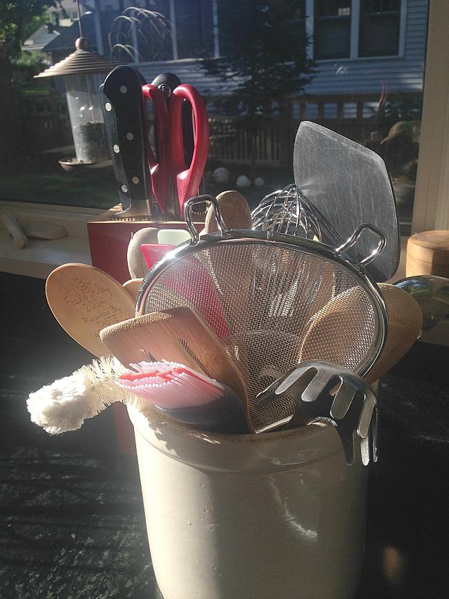 my favorite way to store utensils