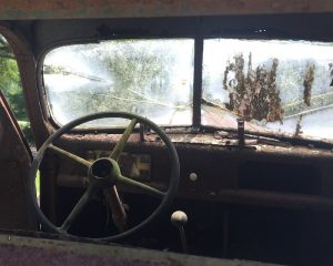 old rusted ford